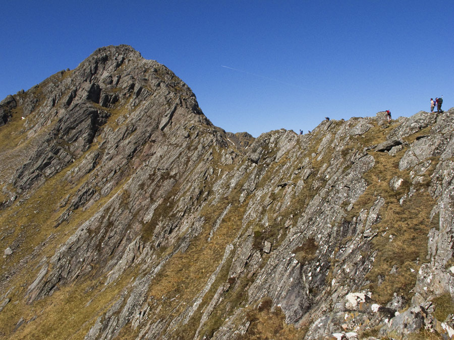 Party on lower section of Forcan Ridge