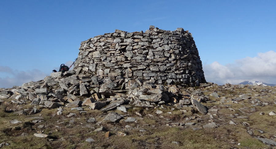 Large structure at summit of Mam Sodhail